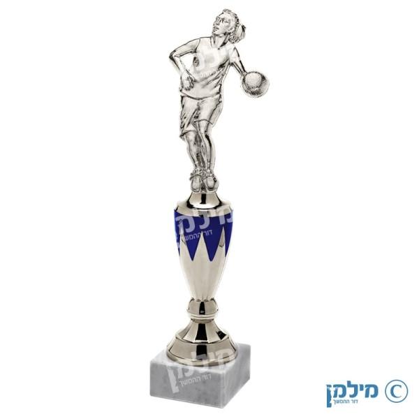 """פסלון שחקנית כדורסל מדגם """"קווין"""""""