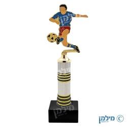 """פסלון כדורגל מדגם """"פיקה"""""""